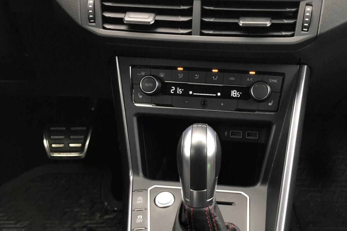 car_1_kat.b_automat